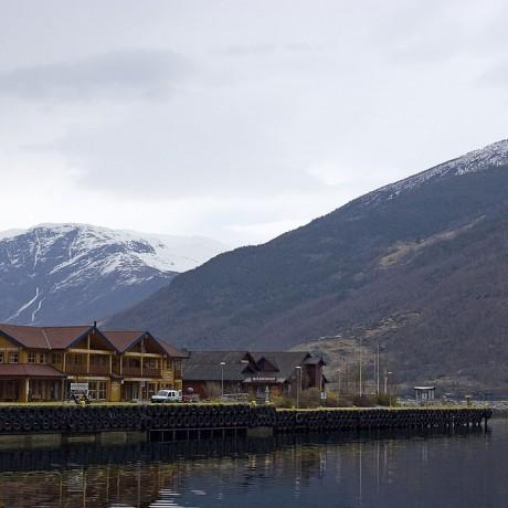 Flam,_Norway_-_panoramio_-_Sergey_Ashmarin