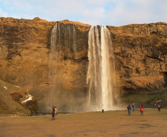 塞里雅兰瀑布 Seljalandsfoss (5)